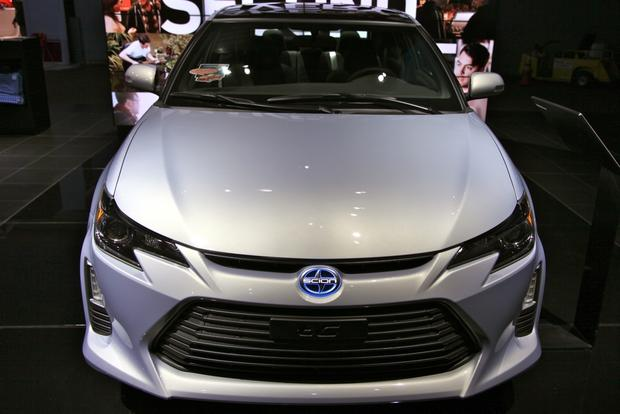 2014 Scion tC: New York Auto Show featured image large thumb1