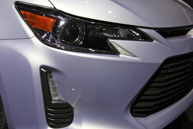 2014 Scion tC: New York Auto Show featured image large thumb3