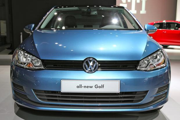 2015 Volkswagen Golf: New York Auto Show featured image large thumb4