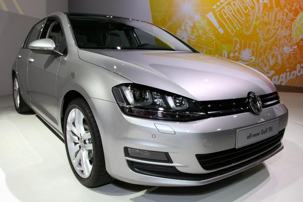 2015 Volkswagen Golf: New York Auto Show featured image large thumb10