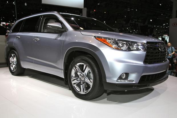 2014 Toyota Highlander: New York Auto Show featured image large thumb3