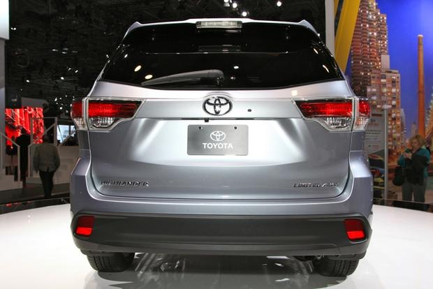 2014 Toyota Highlander: New York Auto Show featured image large thumb7