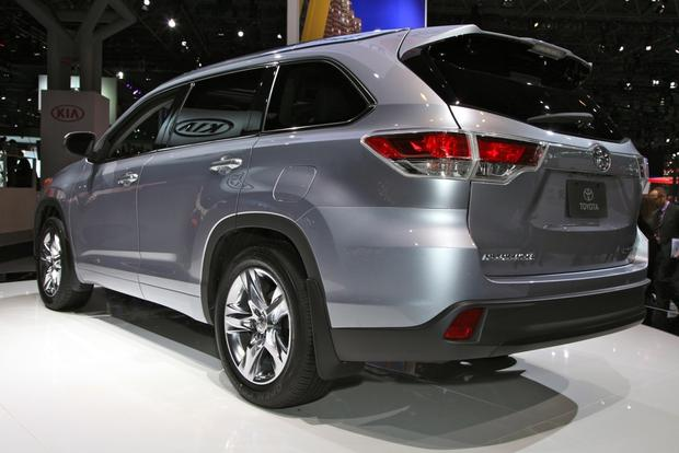 2014 Toyota Highlander: New York Auto Show featured image large thumb8