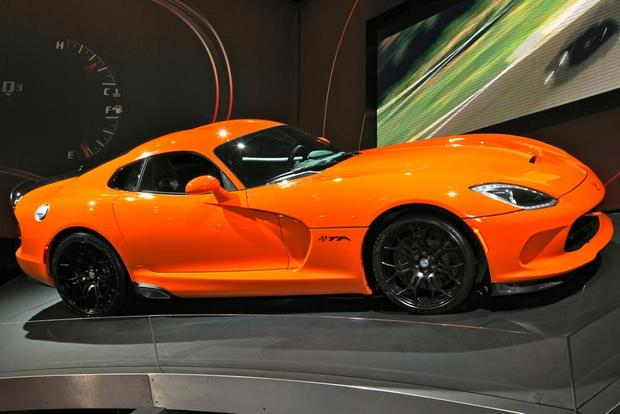 2014 SRT Viper TA: New York Auto Show featured image large thumb2