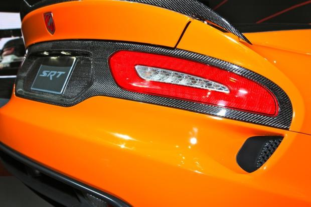 2014 SRT Viper TA: New York Auto Show featured image large thumb8