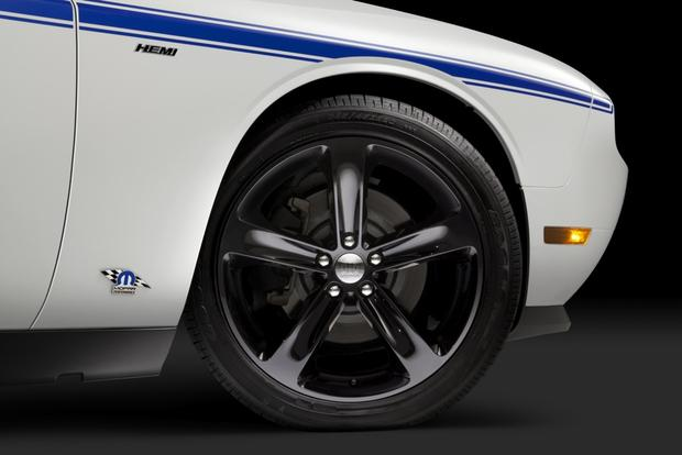 Dodge Challenger Mopar '14: SEMA Show featured image large thumb1