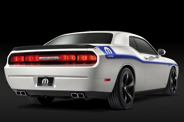 Dodge Challenger Mopar '14: SEMA Show featured image large thumb3