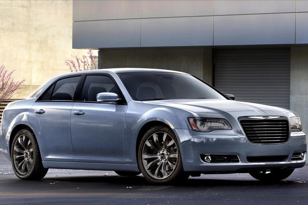Chrysler 300, Challenger and Charger SRT Vapor Editions: Chicago Auto Show featured image large thumb1