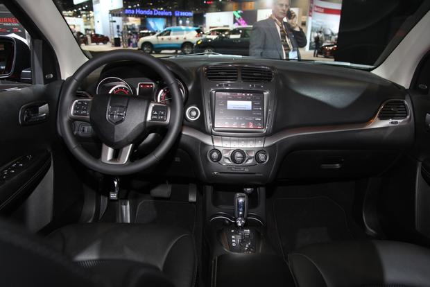 2014 Dodge Journey Crossroad: Chicago Auto Show featured image large thumb9