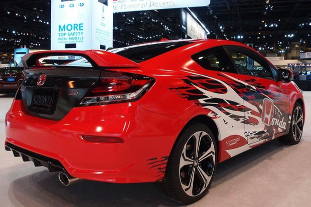 2014 Honda Civic Si Debuts on Xbox: Chicago Auto Show featured image large thumb2
