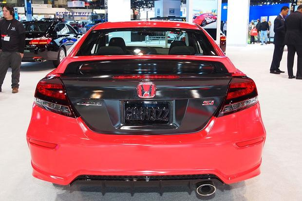 2014 Honda Civic Si Debuts on Xbox: Chicago Auto Show featured image large thumb3