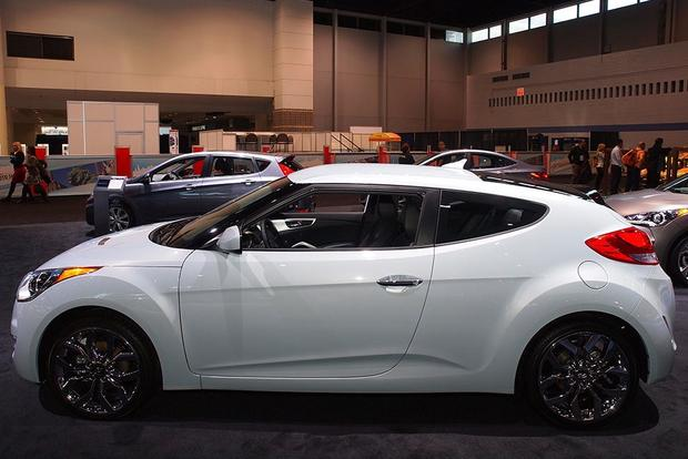 2014 Hyundai Veloster RE:FLEX: Chicago Auto Show featured image large thumb2