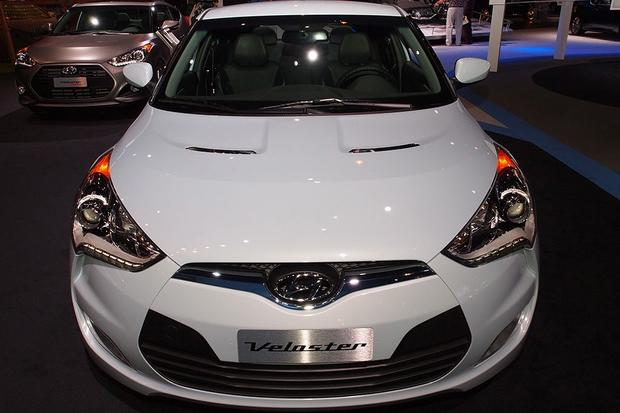 2014 Hyundai Veloster RE:FLEX: Chicago Auto Show featured image large thumb3