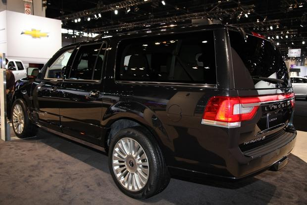 2015 Lincoln Navigator: Chicago Auto Show featured image large thumb3