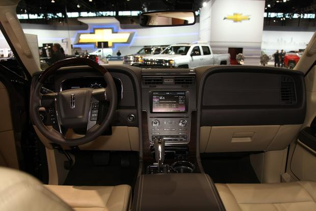 2015 Lincoln Navigator: Chicago Auto Show featured image large thumb7