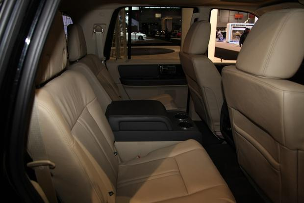 2015 Lincoln Navigator: Chicago Auto Show featured image large thumb8
