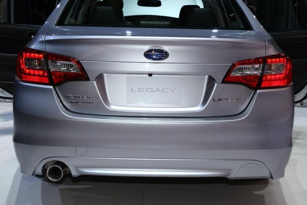 2015 Subaru Legacy: Chicago Auto Show featured image large thumb1