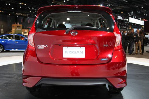 2015 Nissan Versa Note SR: Chicago Auto Show featured image large thumb1