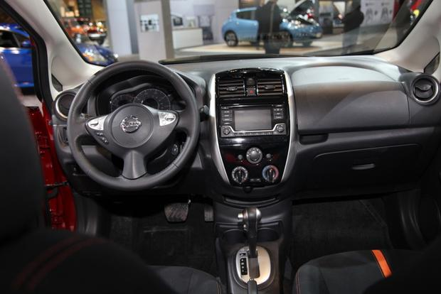 2015 Nissan Versa Note SR: Chicago Auto Show featured image large thumb7