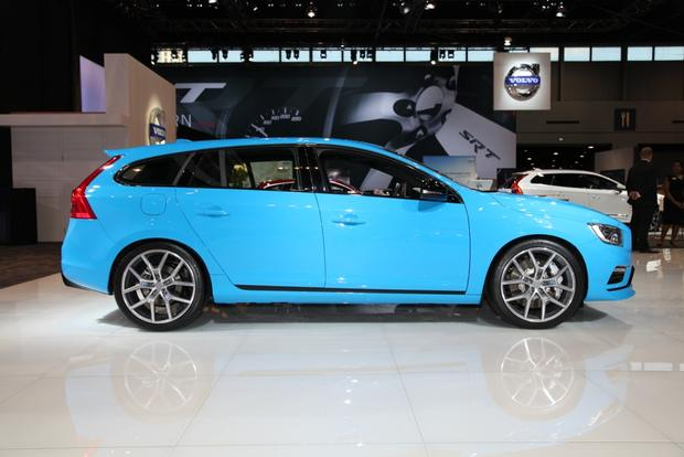 2015 Volvo S60 and V60 Polestar: Chicago Auto Show featured image large thumb1