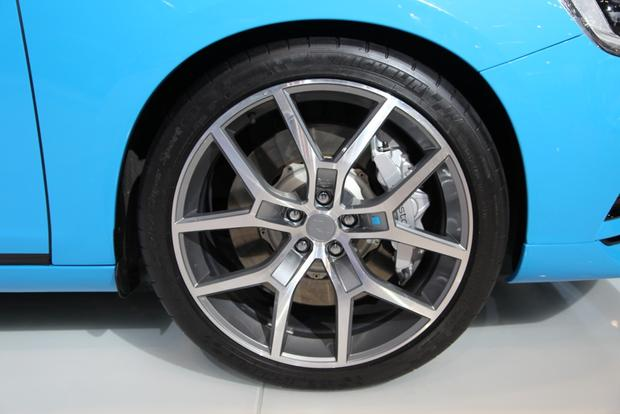 2015 Volvo S60 and V60 Polestar: Chicago Auto Show featured image large thumb12