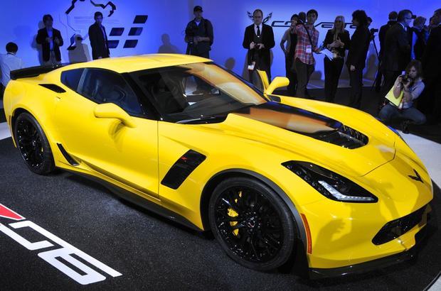 2015 Chevrolet Corvette Z06: Detroit Auto Show featured image large thumb1