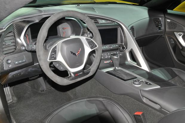 2015 Chevrolet Corvette Z06: Detroit Auto Show featured image large thumb6