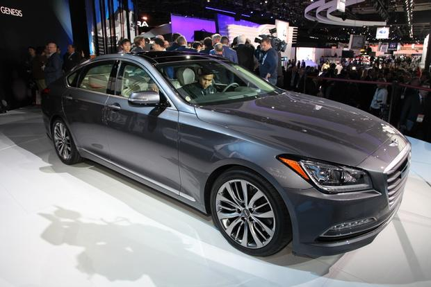 2015 Hyundai Genesis: Detroit Auto Show featured image large thumb0