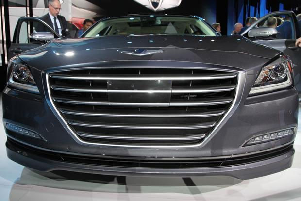 2015 Hyundai Genesis: Detroit Auto Show featured image large thumb3