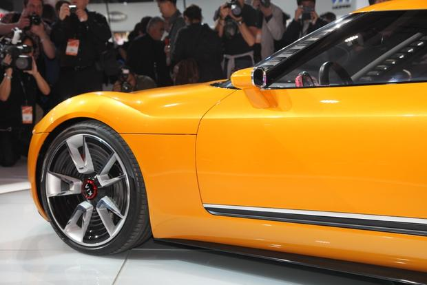 Kia GT4 Stinger Concept: Detroit Auto Show featured image large thumb3