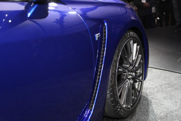 2015 Lexus RC F: Detroit Auto Show featured image large thumb3