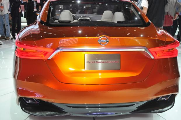 Nissan Sport Sedan Concept: Detroit Auto Show featured image large thumb5
