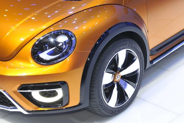 Volkswagen Beetle Dune Concept: Detroit Auto Show featured image large thumb2