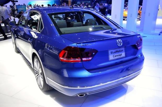 Volkswagen Passat BlueMotion Concept: Detroit Auto Show featured image large thumb3