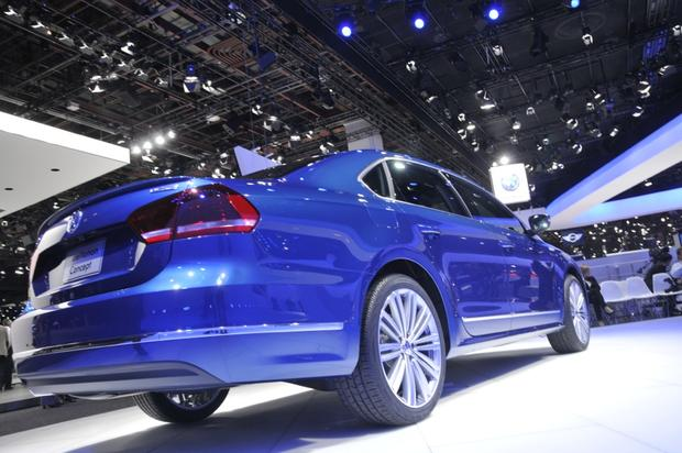 Volkswagen Passat BlueMotion Concept: Detroit Auto Show featured image large thumb5