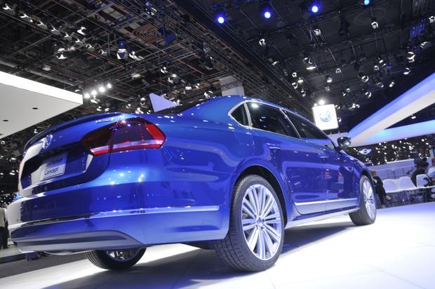 Volkswagen Passat BlueMotion Concept: Detroit Auto Show featured image ...