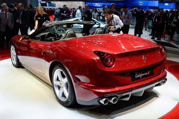 2015 Ferrari California T: Geneva Auto Show featured image large thumb1