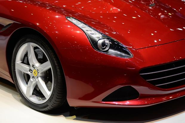 2015 Ferrari California T: Geneva Auto Show featured image large thumb5