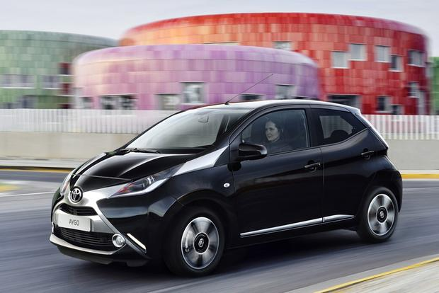 2014 Toyota Aygo: Geneva Auto Show featured image large thumb0
