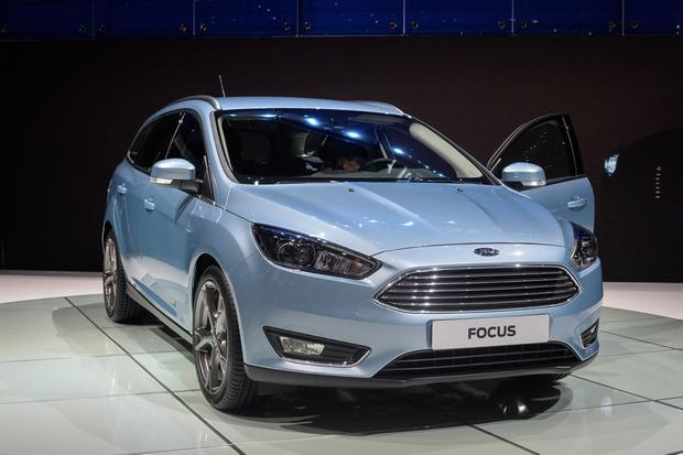 2015 Ford Focus: Geneva Auto Show featured image large thumb3