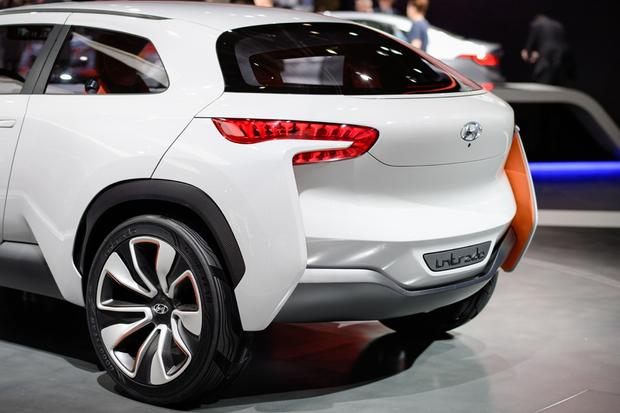 Hyundai Intrado Concept: Geneva Auto Show featured image large thumb6
