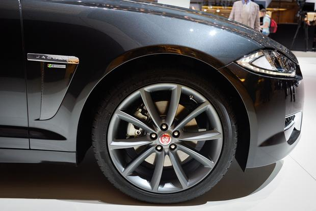 Jaguar XF R-Sport: Geneva Auto Show featured image large thumb5