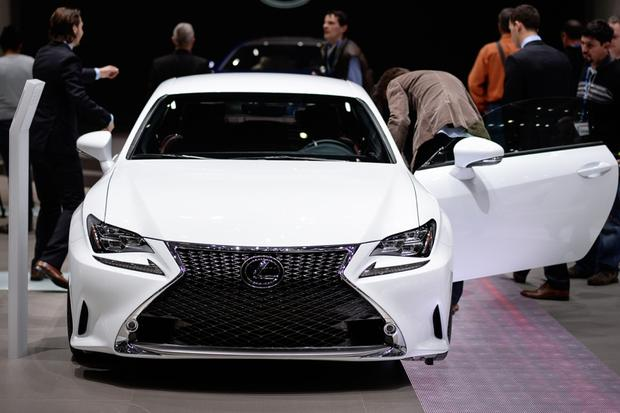 2015 Lexus RC 350 F Sport: Geneva Auto Show featured image large thumb4