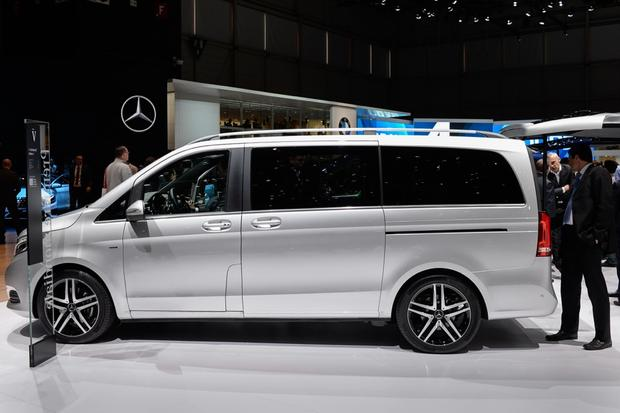 Mercedes-Benz V-Class: Geneva Auto Show featured image large thumb0