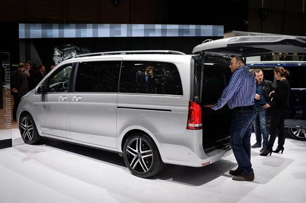 Mercedes-Benz V-Class: Geneva Auto Show featured image large thumb1