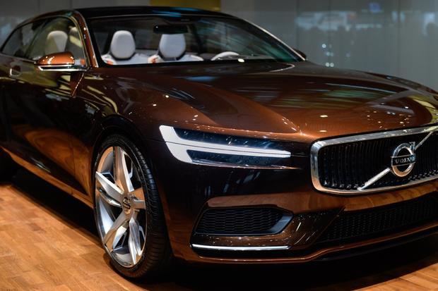 Volvo Concept Estate: Geneva Auto Show featured image large thumb3