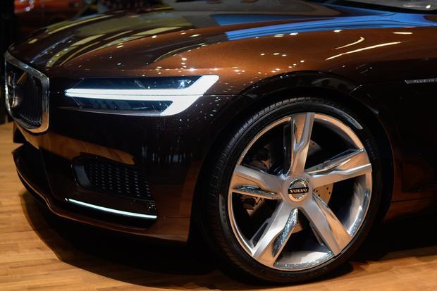 Volvo Concept Estate: Geneva Auto Show featured image large thumb4