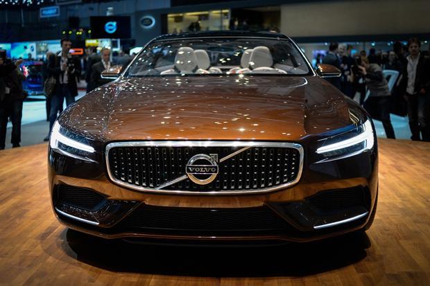 Volvo Concept Estate: Geneva Auto Show featured image large thumb5
