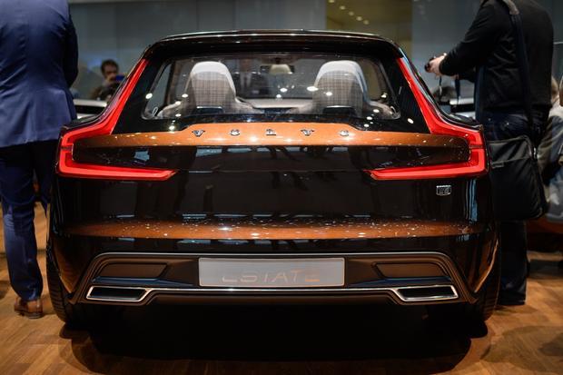 Volvo Concept Estate: Geneva Auto Show featured image large thumb6