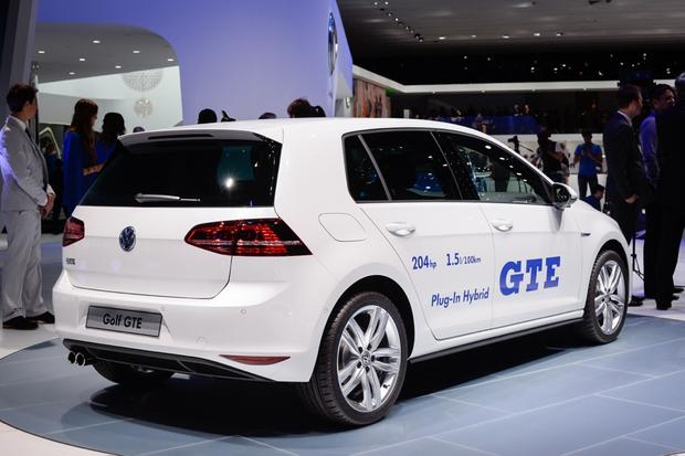 Volkswagen Golf GTE: Geneva Auto Show featured image large thumb4